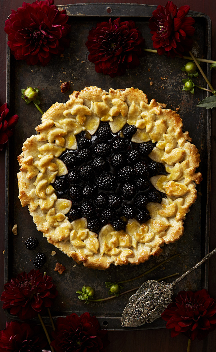 Blackberry, Leaf crust Pie